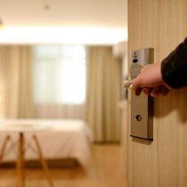 hotel-1330850-705x493